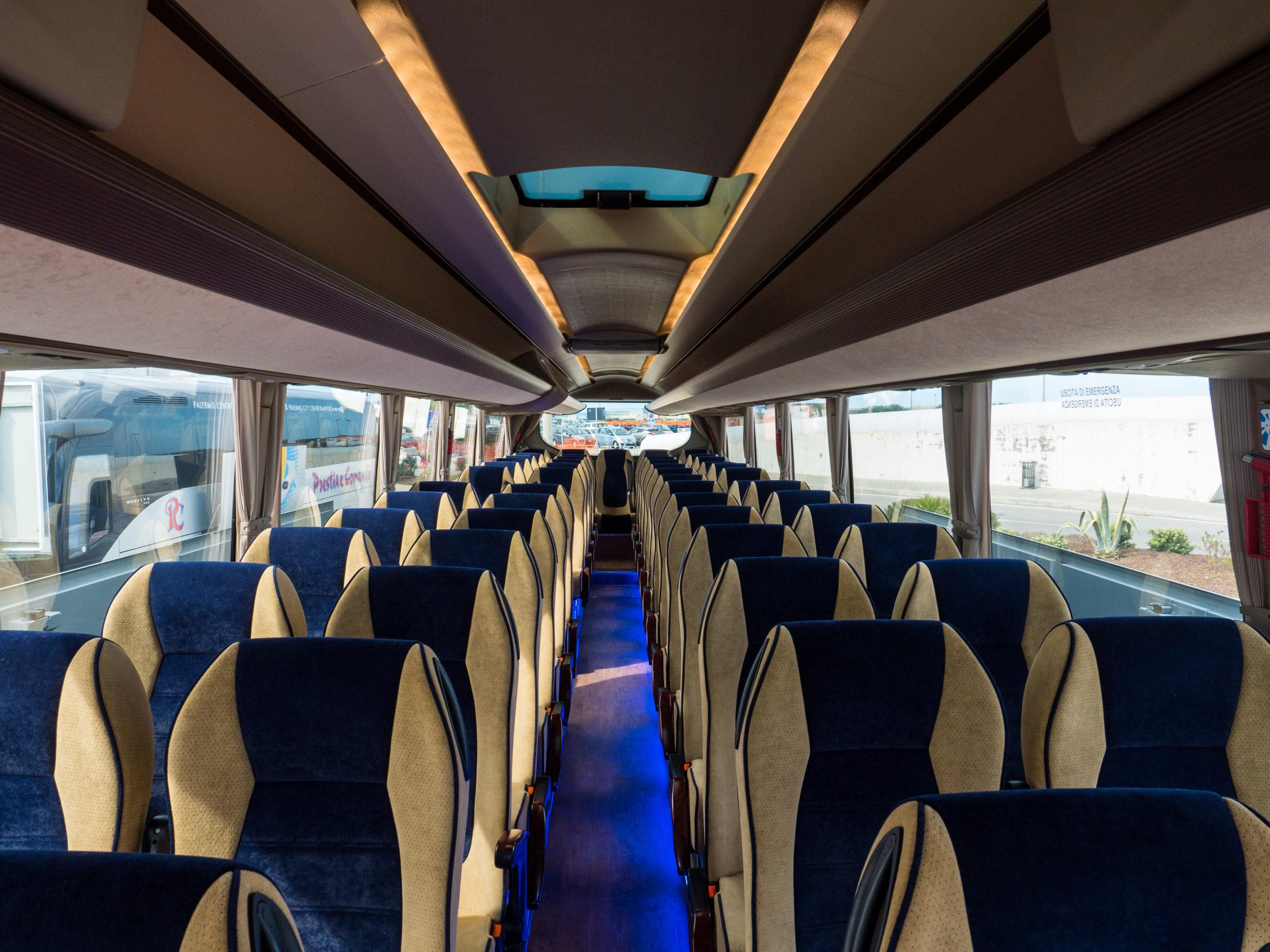 Interno Bus